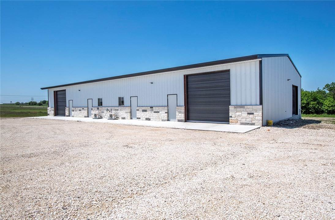 Commercial at 500 LR WilliamsDrive Jarrell, Texas 76537 United States