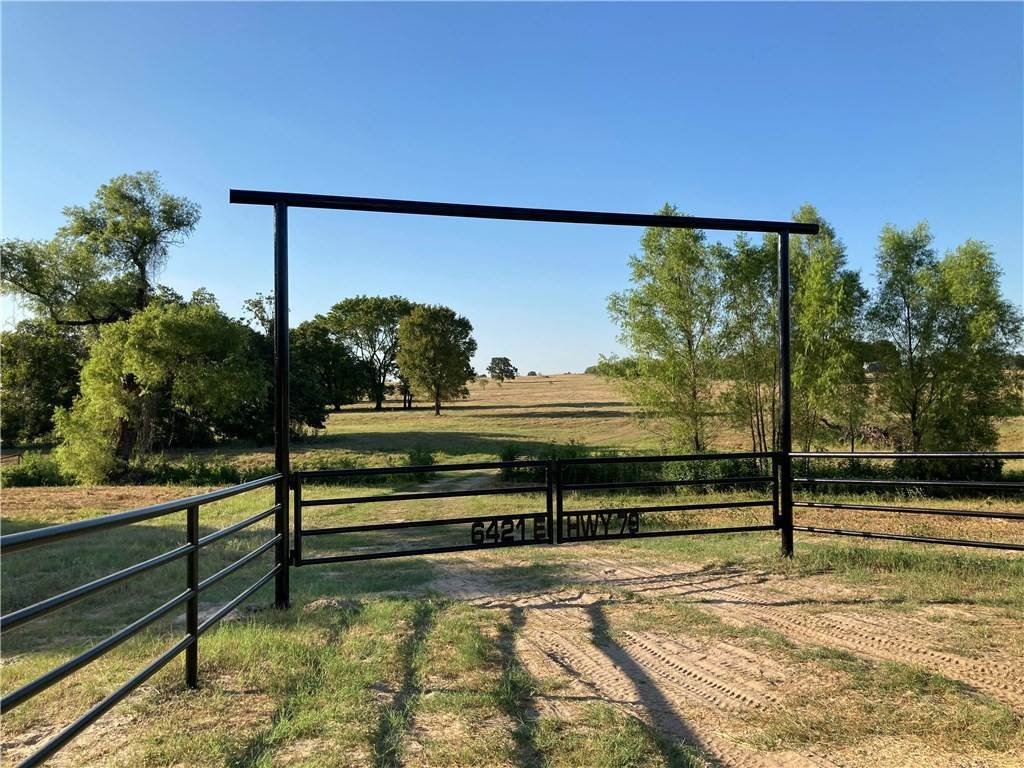 Granja por un Venta en 6421 US Highway 79Highway Milano, Texas 76556 Estados Unidos