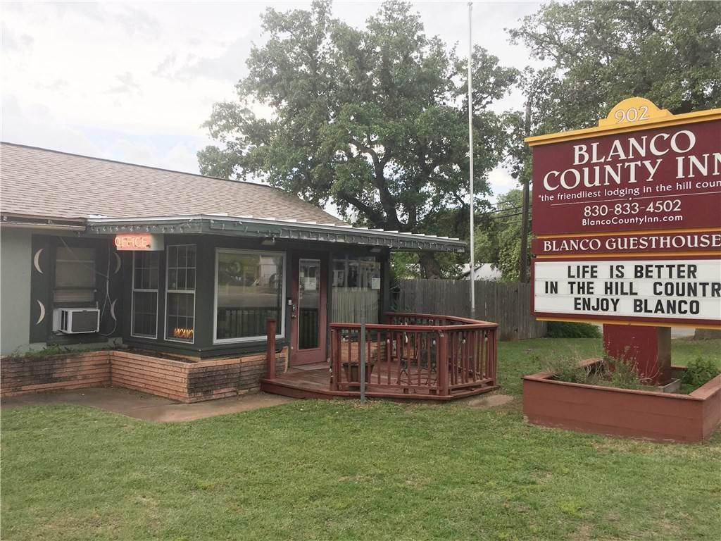 Commercial for Sale at 902 MainStreet Blanco, Texas 78606 United States