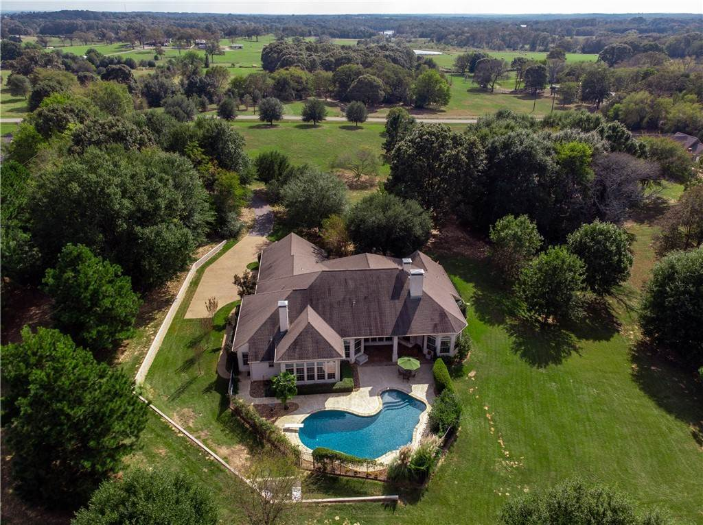 Residential for Sale at 304 Timber HillsDrive Athens, Texas 75751 United States