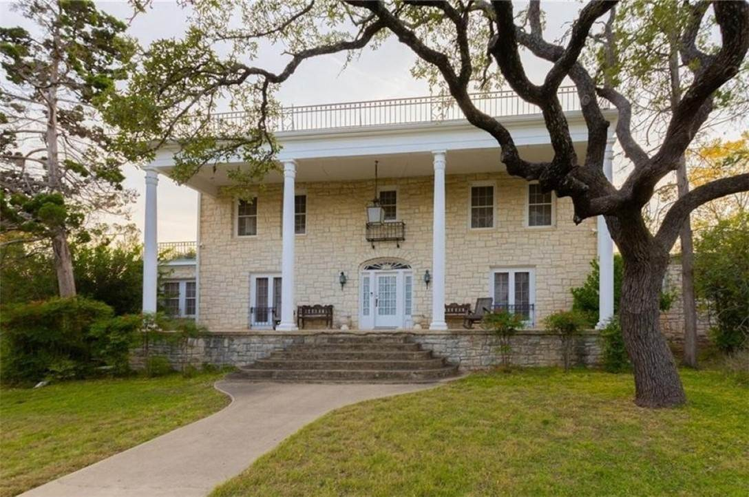 Residential for Sale at 200 SpringStreet Lampasas, Texas 76550 United States
