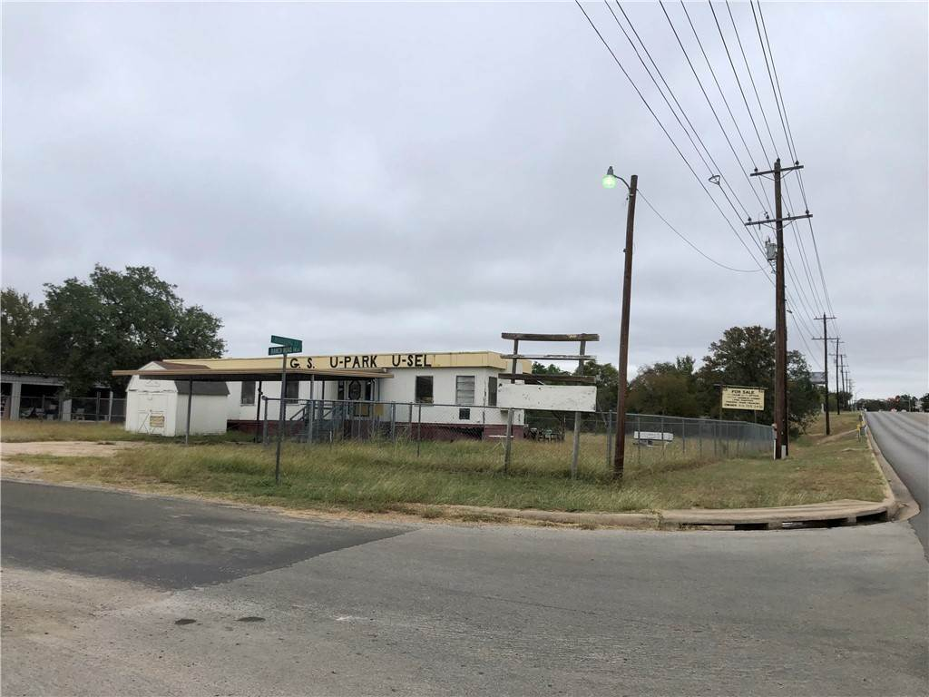 Residential for Sale at 101 WindsongStreet Granite Shoals, Texas 78654 United States