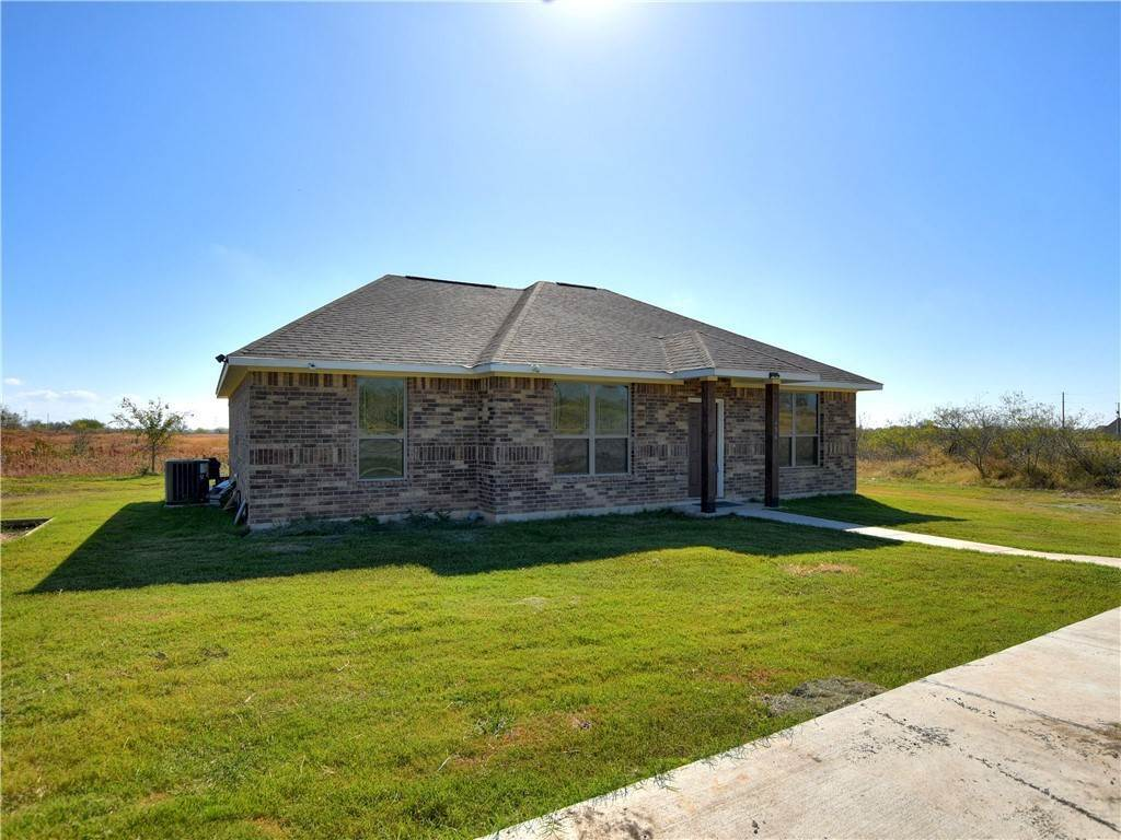 Residential for Sale at 456 East RidgeRoad Niederwald, Texas 78640 United States