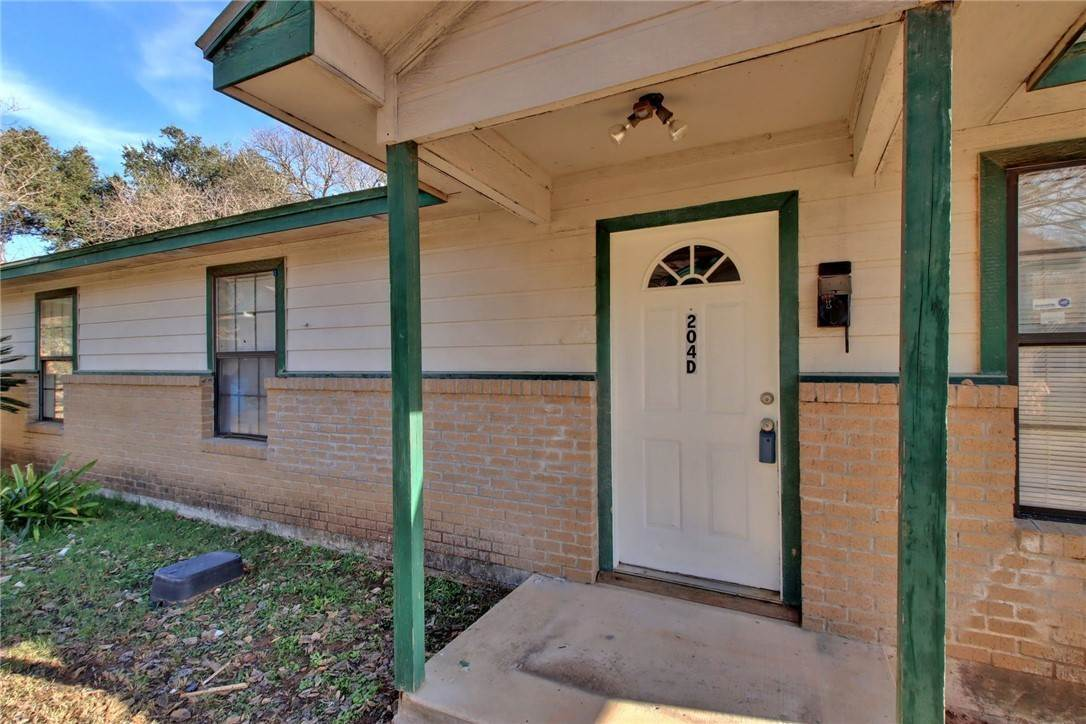 Residential Lease at 204 HallStreet Elgin, Texas 78621 United States