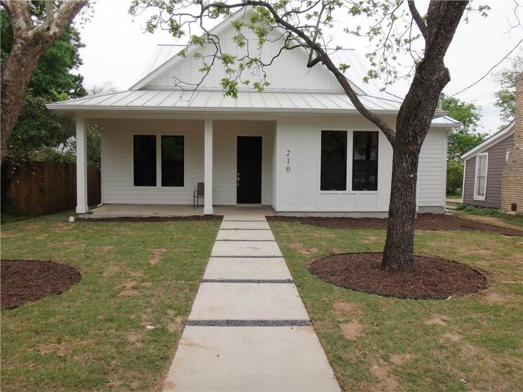 Residential Lease at 210 AustinStreet Buda, Texas 78610 United States