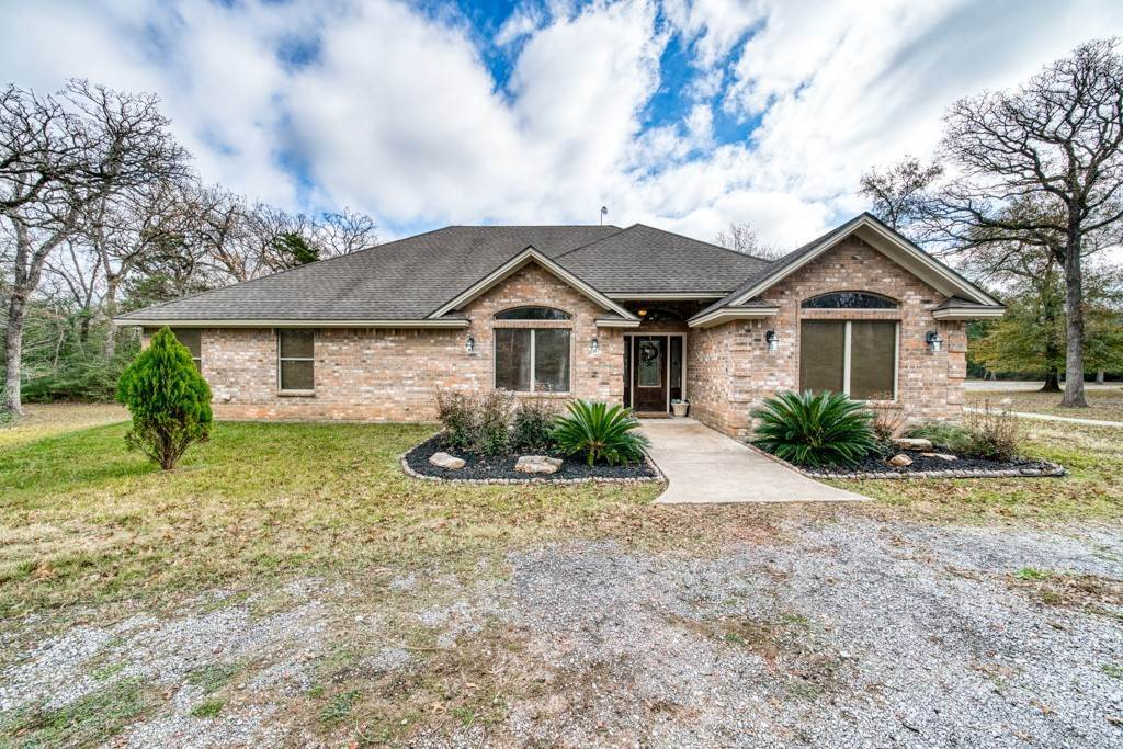 Residential for Sale at 2803 Oak Forest Lane Madisonville, Texas 77864 United States