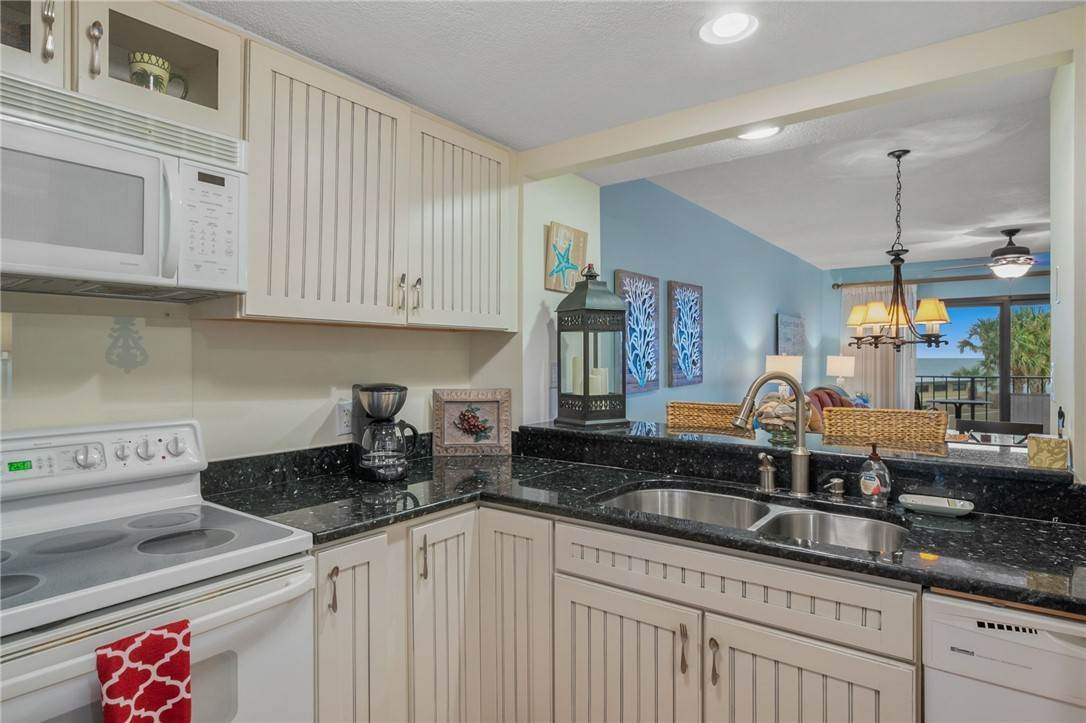 6. Residential for Sale at 1815 TURTLE DUNES Place Fernandina Beach, Florida 32024 United States