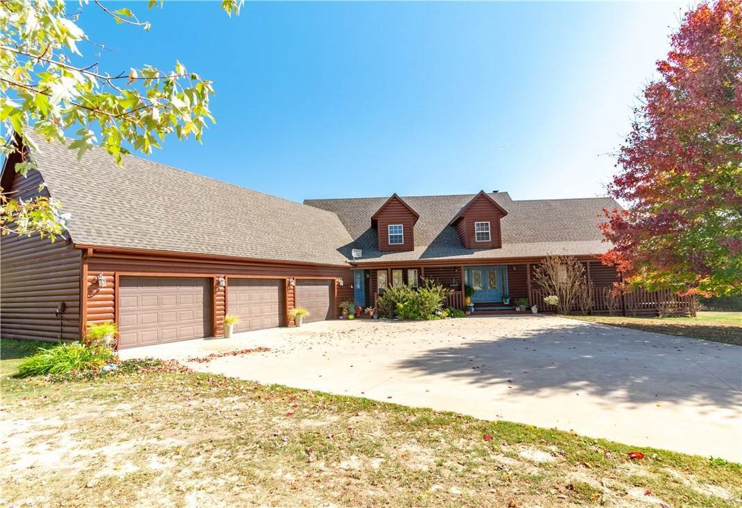 Residential for Sale at 21044 Highway 303 Hindsville, Arkansas 72738 United States