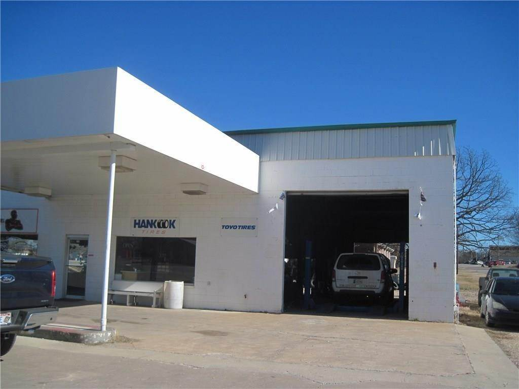 Commercial for Sale at 732 Main Street Jay, Oklahoma 74346 United States