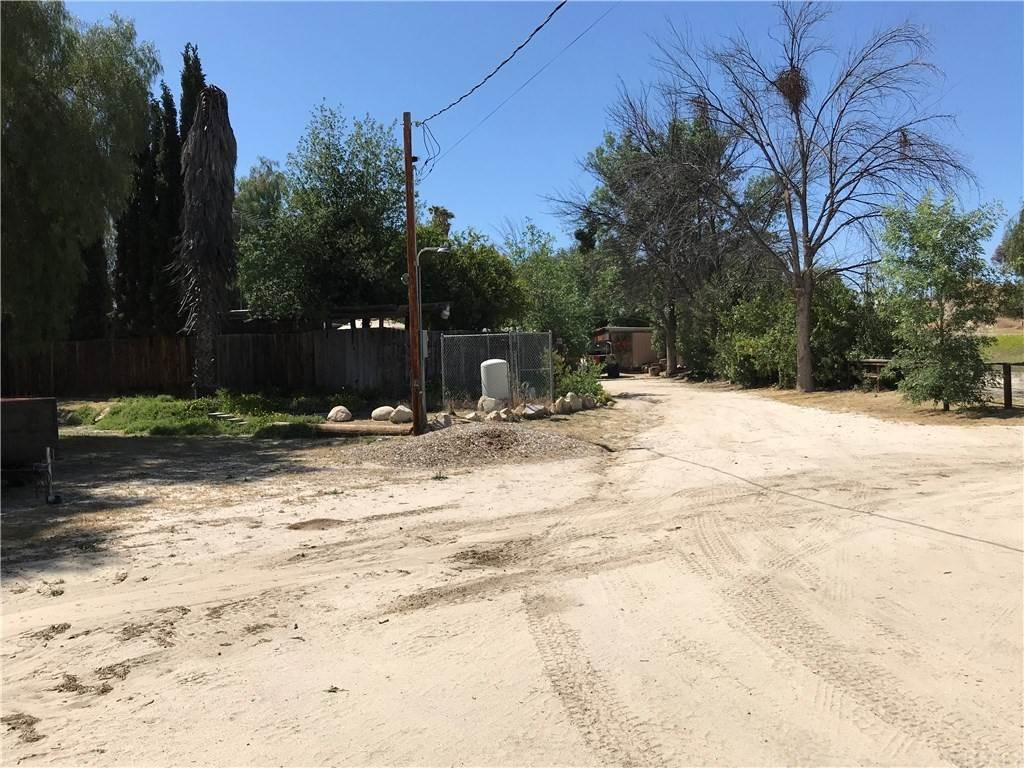 Residential for Sale at Hwy 79 Anza, California 92536 United States