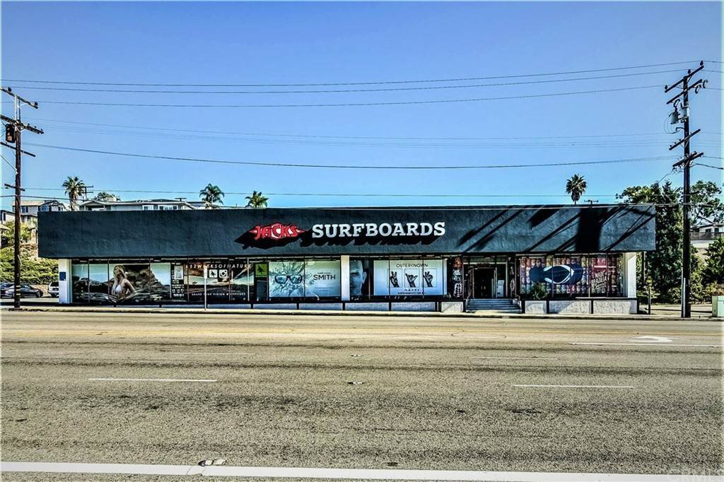 Commercial for Sale at Pacific Coast Highway Hermosa Beach, California 90254 United States