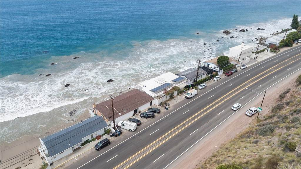 11. Residential for Sale at Pacific Coast Malibu, California 90265 United States