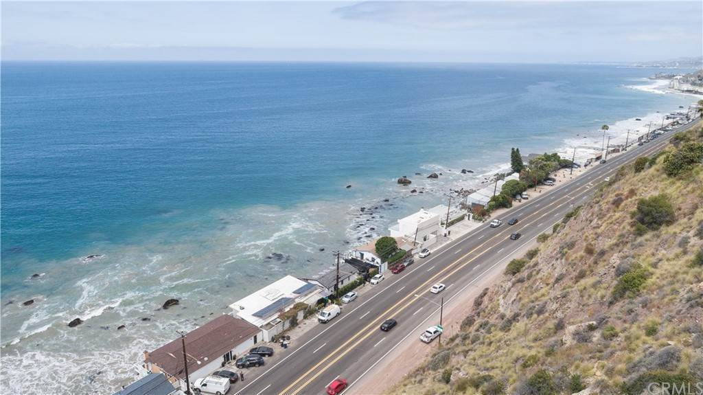 13. Residential for Sale at Pacific Coast Malibu, California 90265 United States