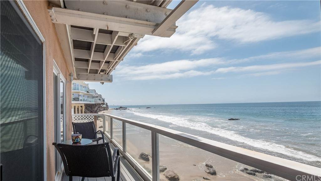 18. Residential for Sale at Pacific Coast Malibu, California 90265 United States