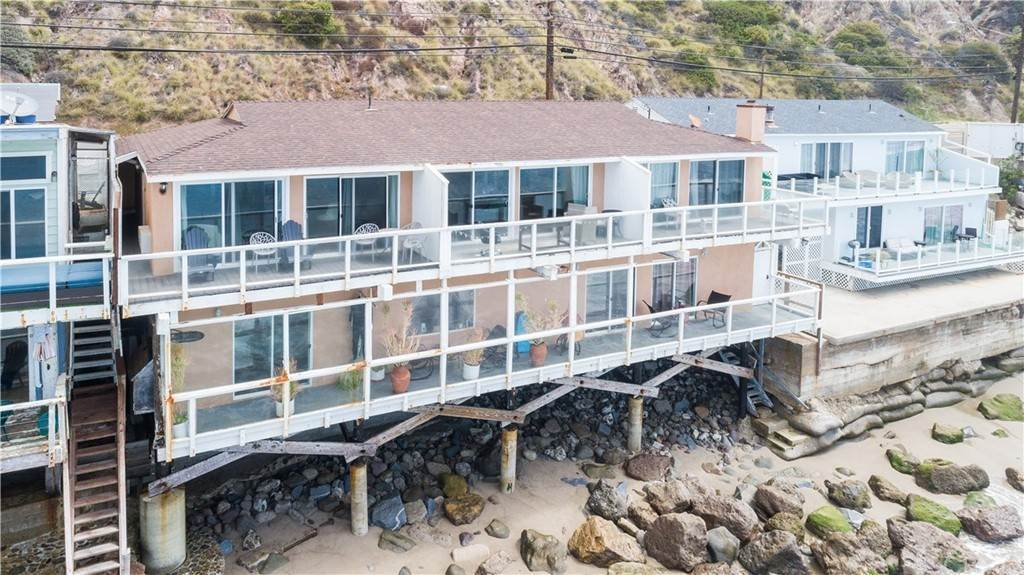 3. Residential for Sale at Pacific Coast Malibu, California 90265 United States