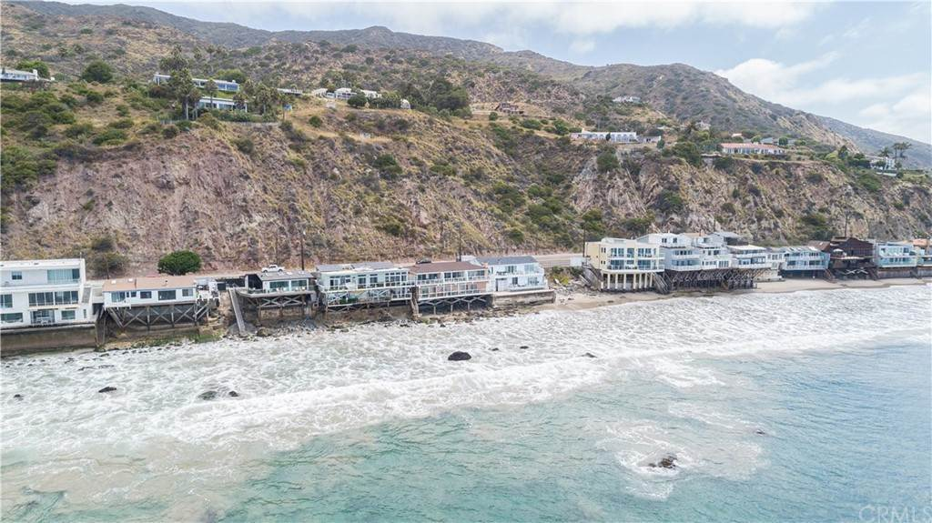 6. Residential for Sale at Pacific Coast Malibu, California 90265 United States