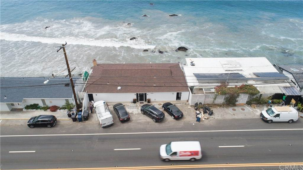 9. Residential for Sale at Pacific Coast Malibu, California 90265 United States