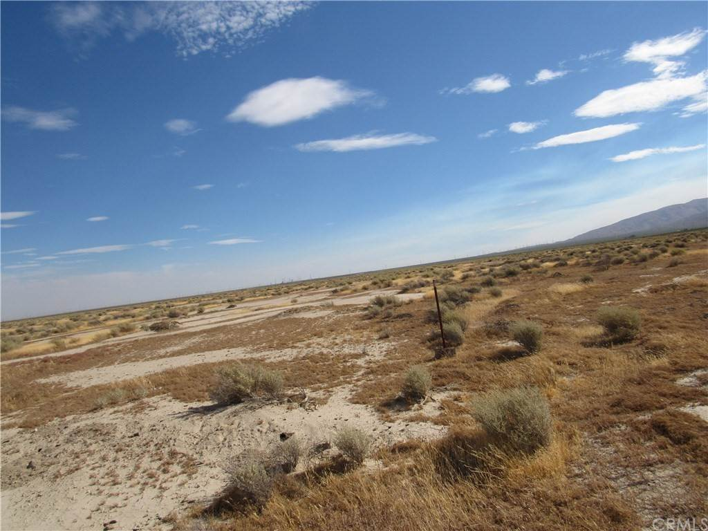 Land for Sale at 181-354-06-00-8 Judy Avenue Cantil, California 93501 United States