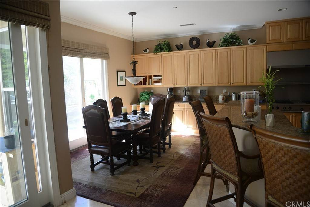 14. Residential for Sale at Knotty Oak Circle Coto De Caza, California 92679 United States