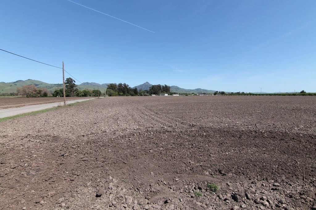 Land for Sale at Rosa Morada Road Hollister, California 95023 United States