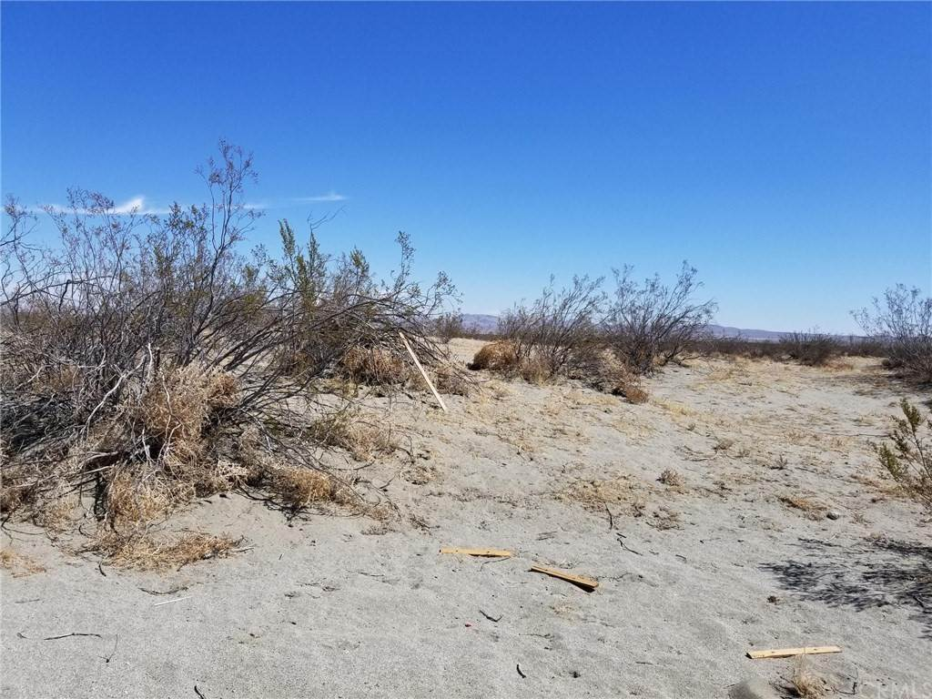 Land for Sale at Parkdale Road El Mirage, California 92301 United States