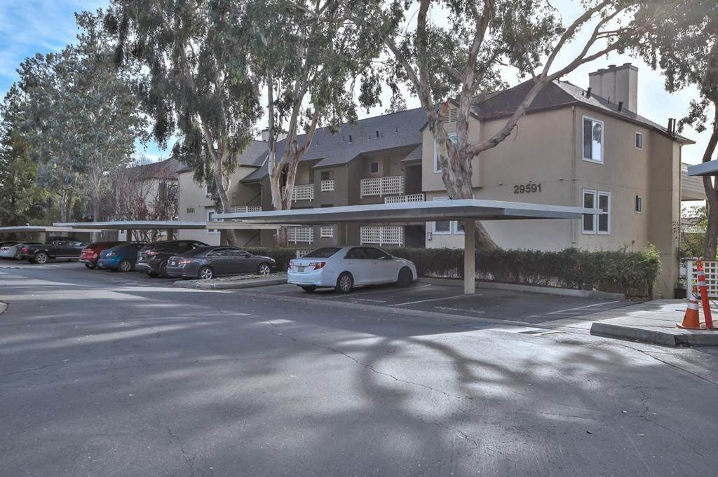 15. Residential for Sale at Vanderbilt Street Hayward, California 94544 United States