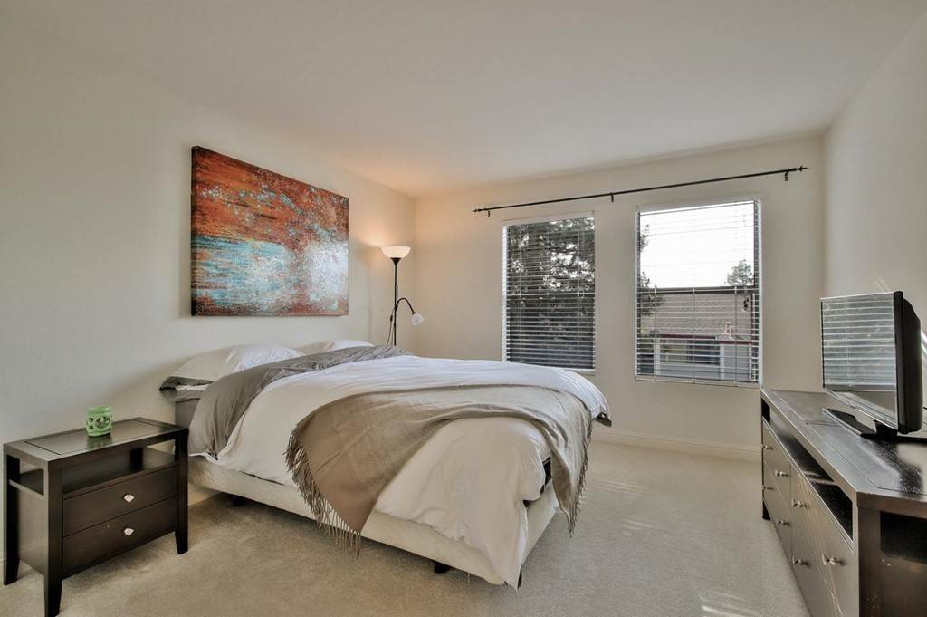 9. Residential for Sale at Vanderbilt Street Hayward, California 94544 United States