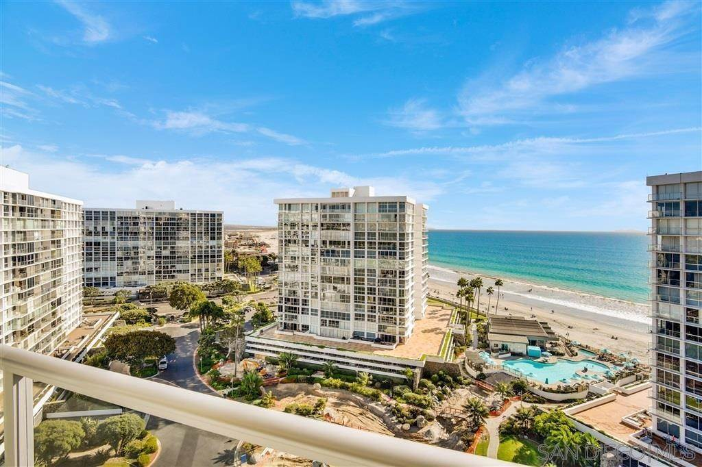 9. Residential for Sale at Avenida Del Mundo Coronado, California 92118 United States