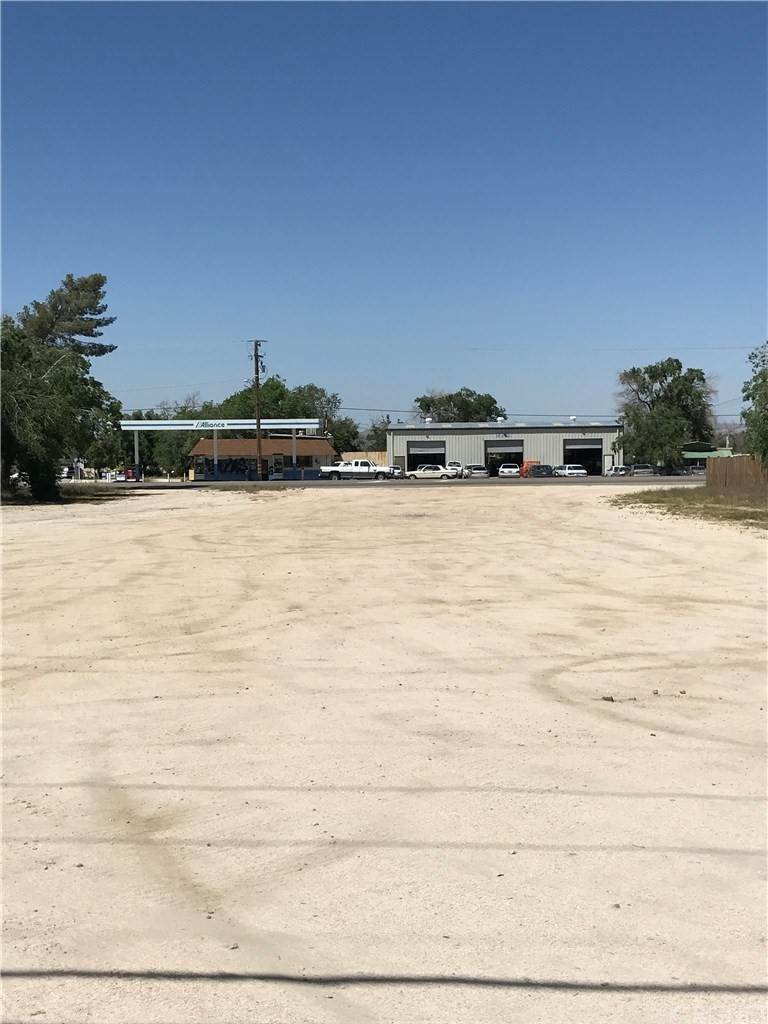 Land for Sale at Pearblossom Highway Pearblossom, California 93553 United States