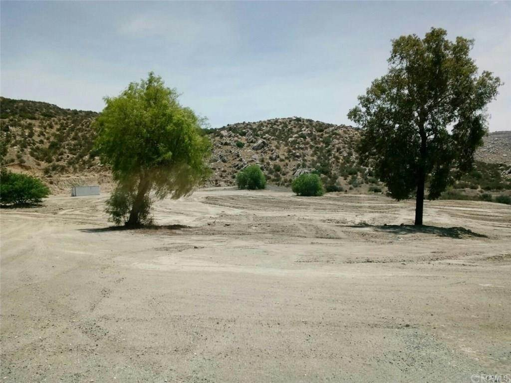 Land for Sale at Oak Glenn Cherry Valley, California 92223 United States