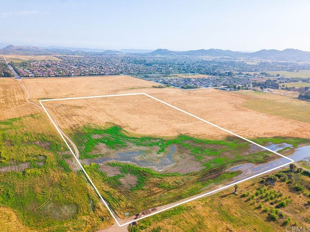 Land for Sale at Wickerd Menifee, California 92584 United States