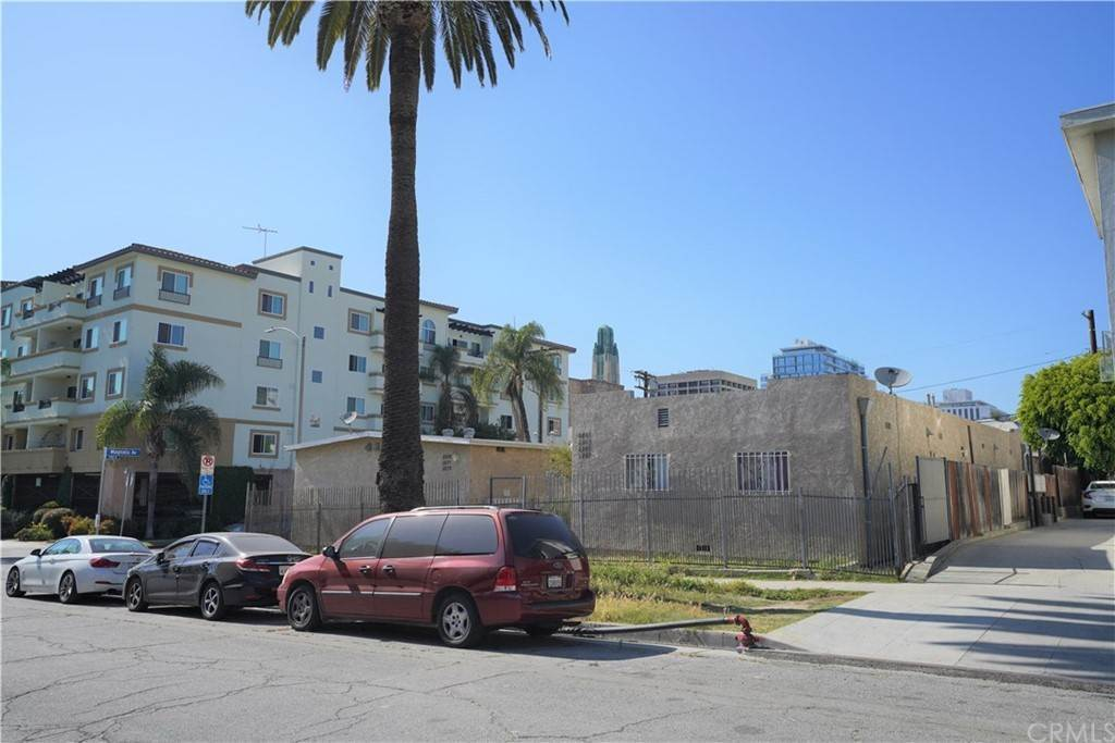 3. Residential Income for Sale at Leeward Avenue Los Angeles, California 90005 United States
