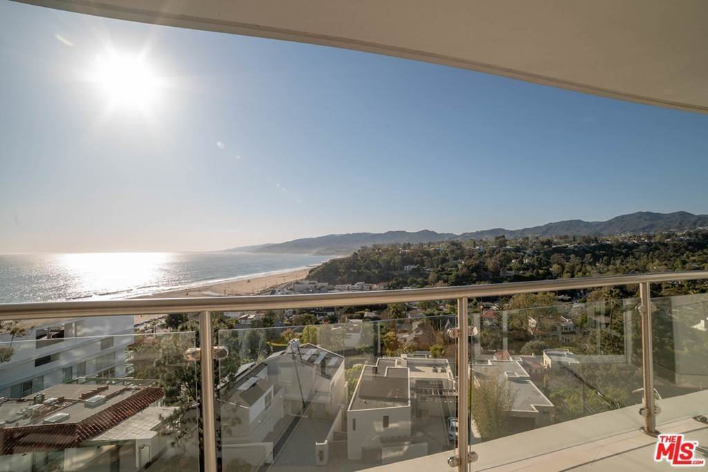Residential Lease for Sale at OCEAN Avenue Santa Monica, California 90402 United States