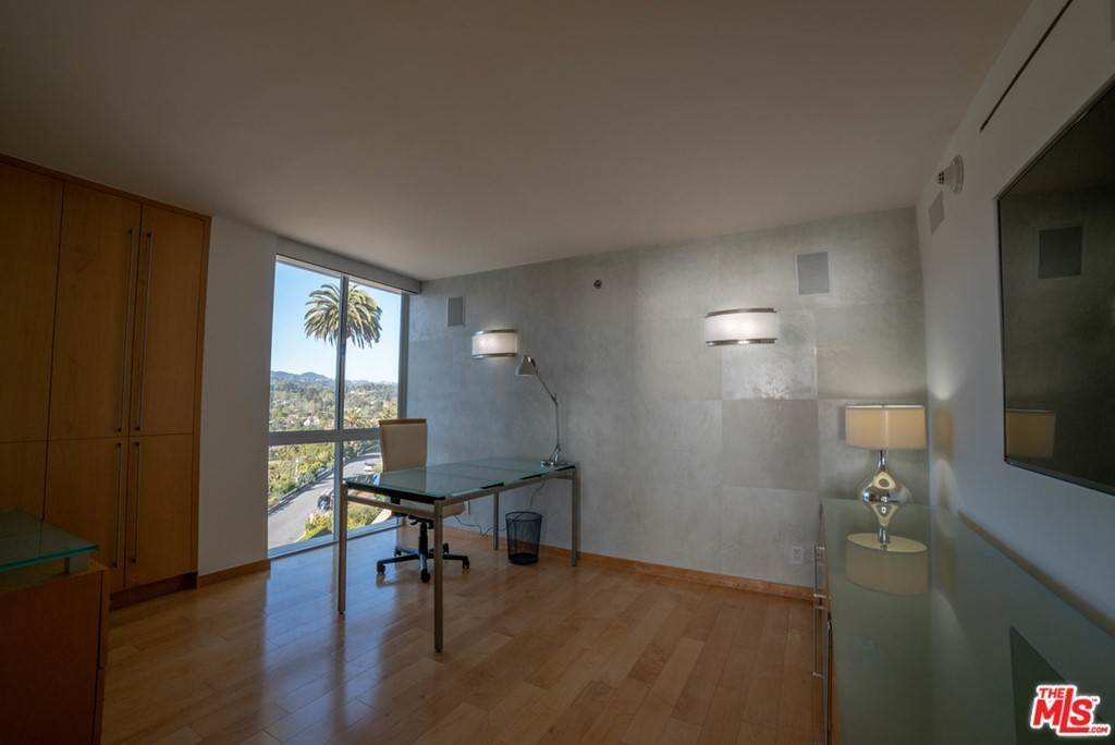 2. Residential Lease for Sale at OCEAN Avenue Santa Monica, California 90402 United States