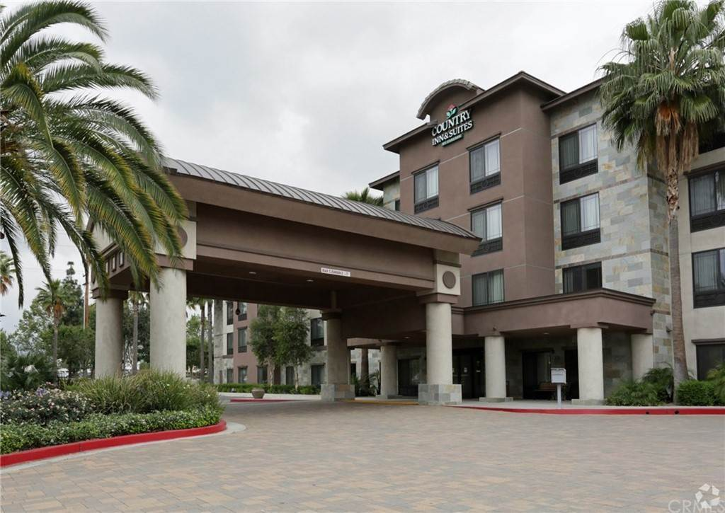 Commercial for Sale at Ontario Mills Pkwy Ontario, California 91764 United States