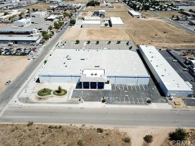 Commercial for Sale at Ottawa Road Apple Valley, California 92308 United States