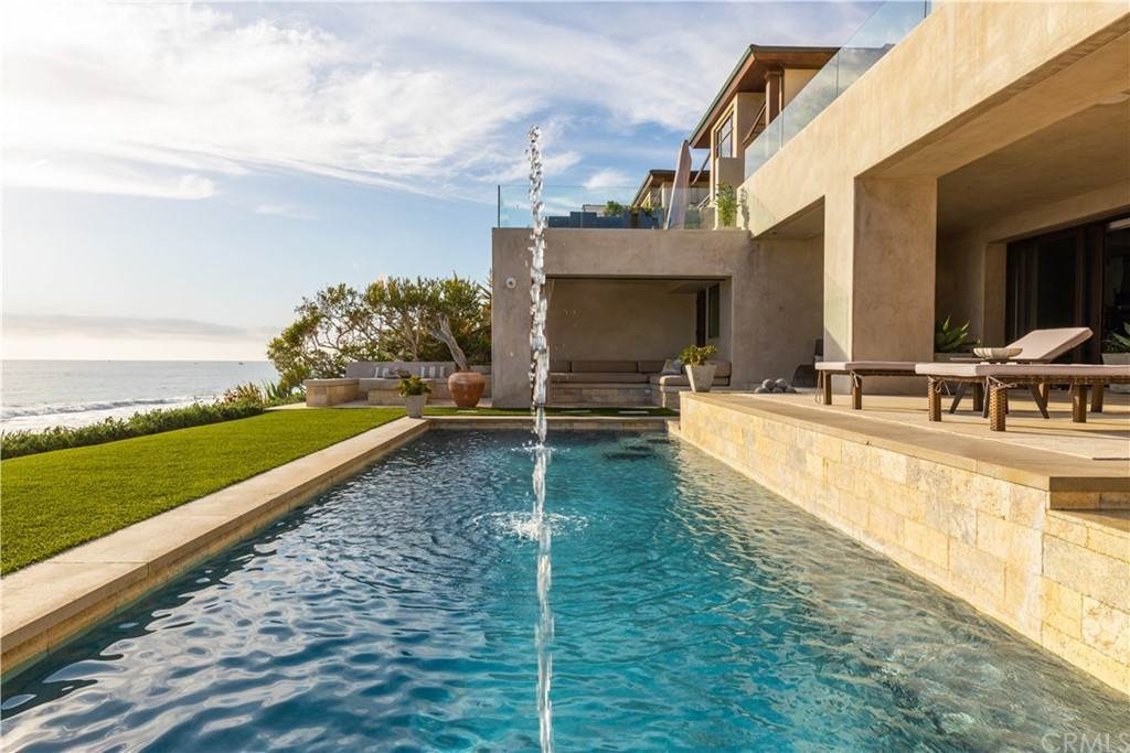 22. Residential for Sale at Strand Beach Drive Dana Point, California 92629 United States