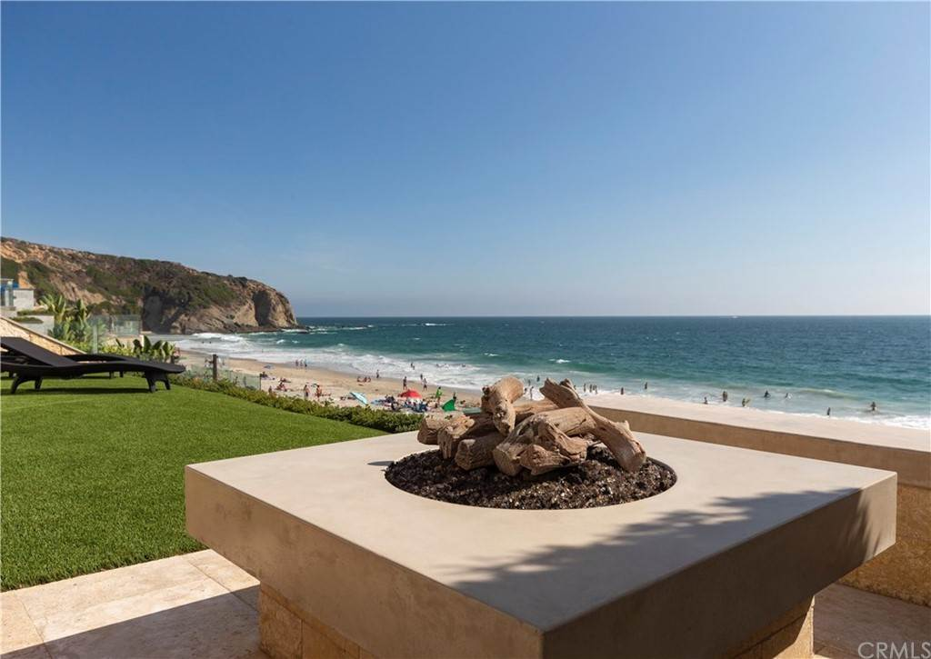 27. Residential for Sale at Strand Beach Drive Dana Point, California 92629 United States