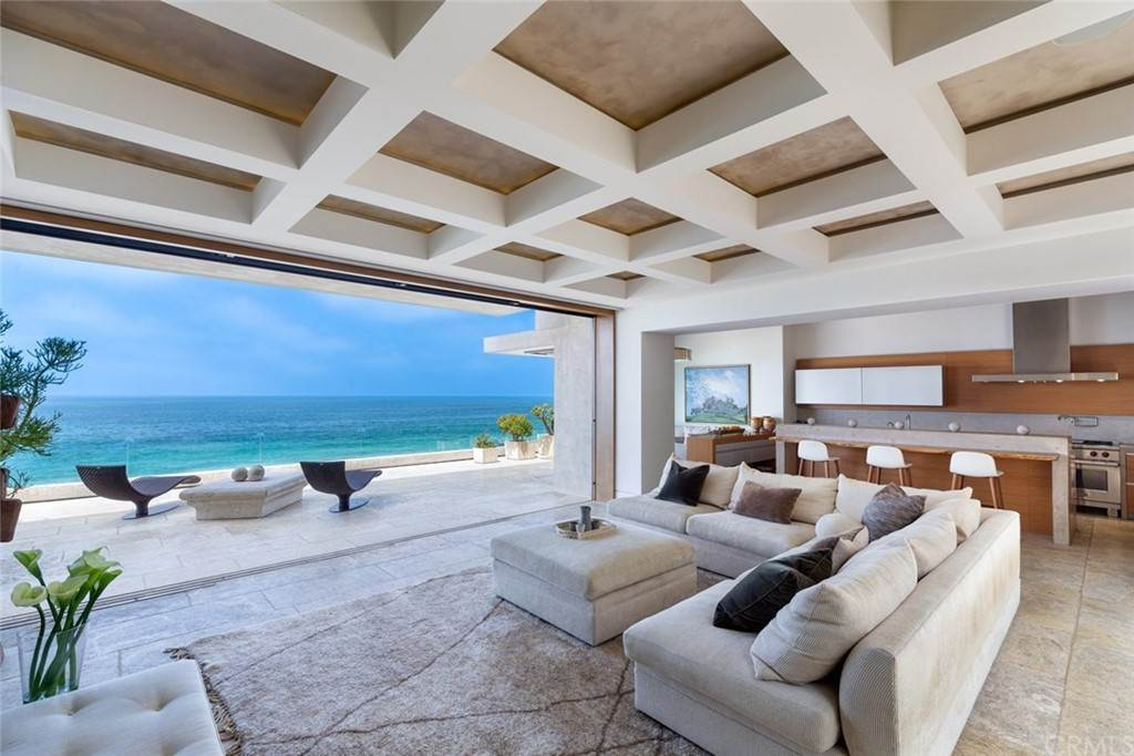 3. Residential for Sale at Strand Beach Drive Dana Point, California 92629 United States