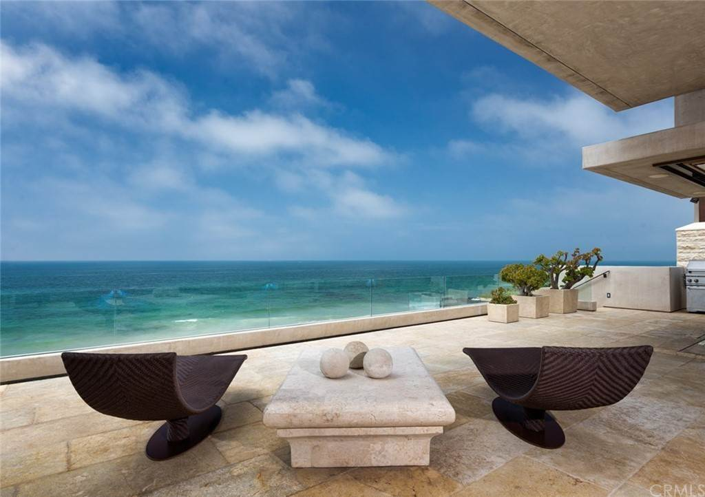 4. Residential for Sale at Strand Beach Drive Dana Point, California 92629 United States