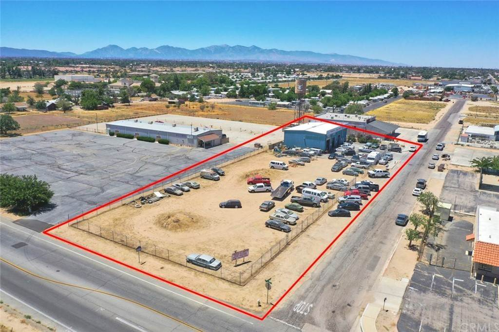 7. Commercial for Sale at Walnut Street Hesperia, California 92345 United States
