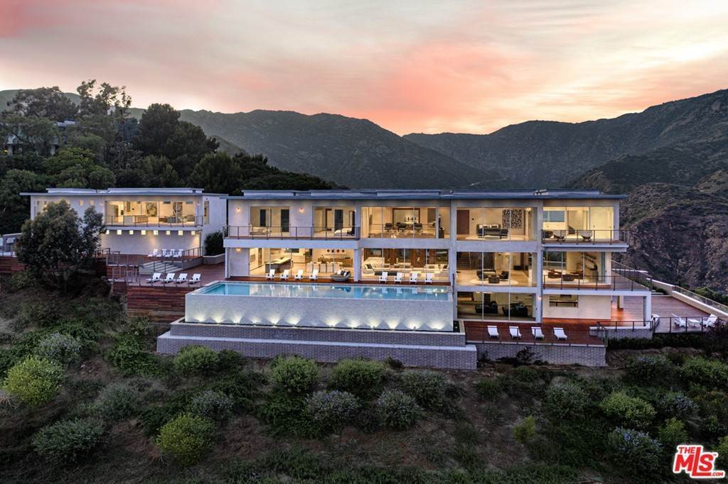 Residential for Sale at Malibu Crest Drive Malibu, California 90265 United States