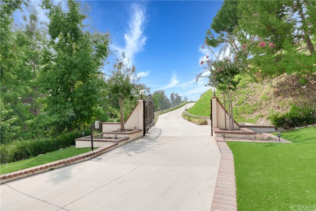 Residential for Sale at N Mountain Avenue Claremont, California 91711 United States
