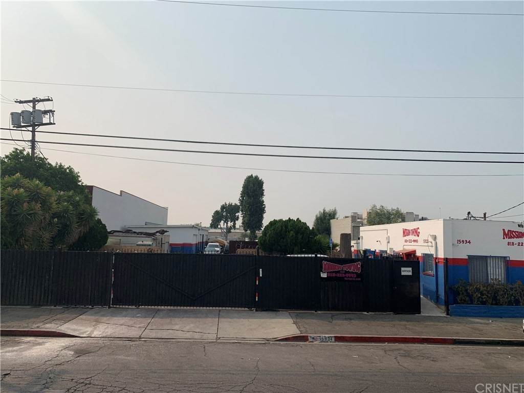 Commercial for Sale at Arminta Street Van Nuys, California 91406 United States