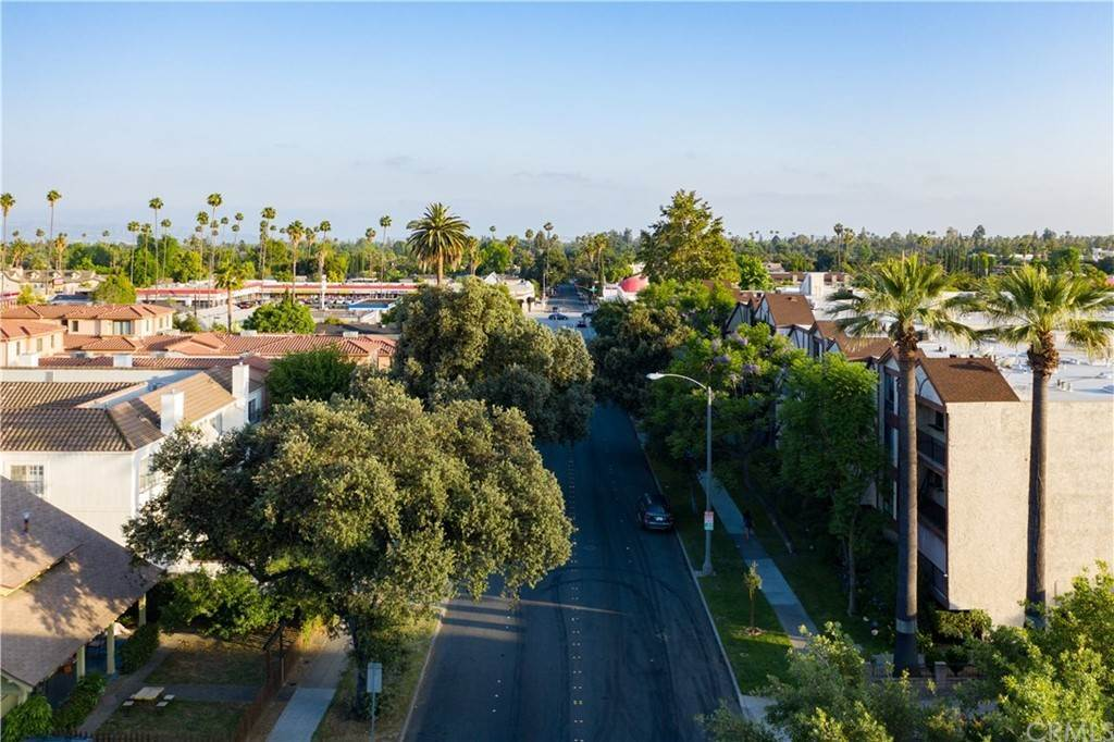 5. Residential for Sale at N Allen Avenue Pasadena, California 91106 United States
