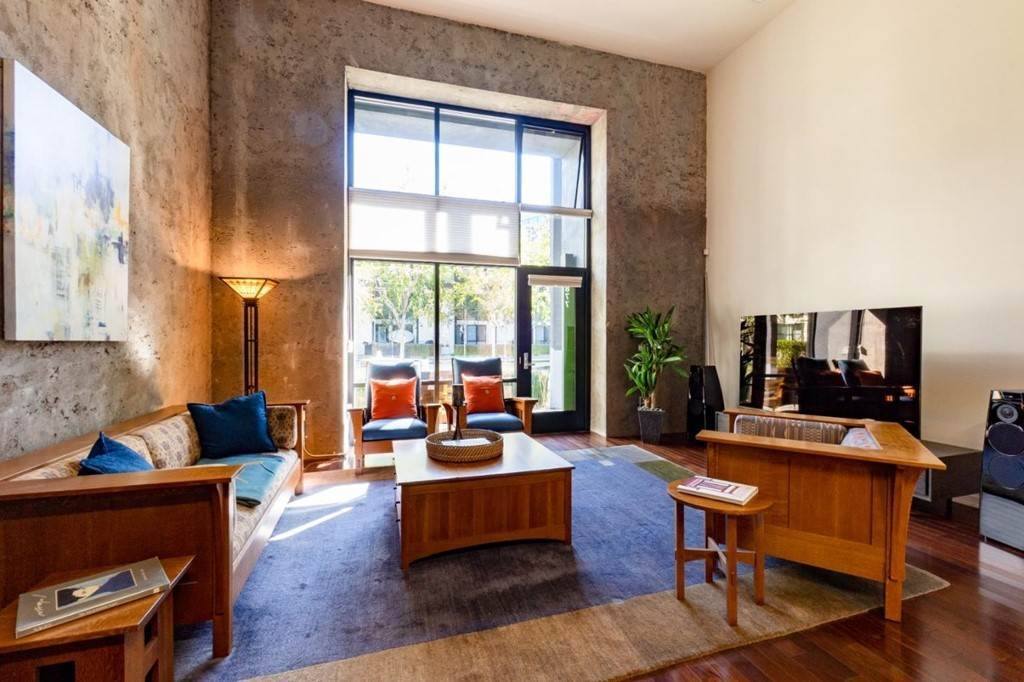 11. Residential for Sale at Indiana Street San Francisco, California 94107 United States