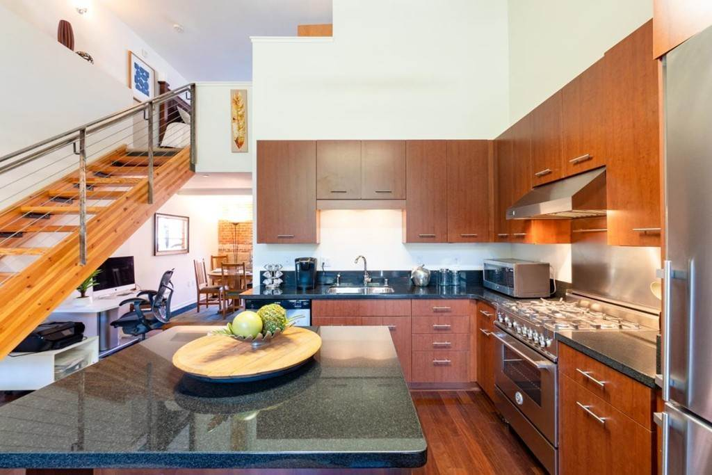 17. Residential for Sale at Indiana Street San Francisco, California 94107 United States