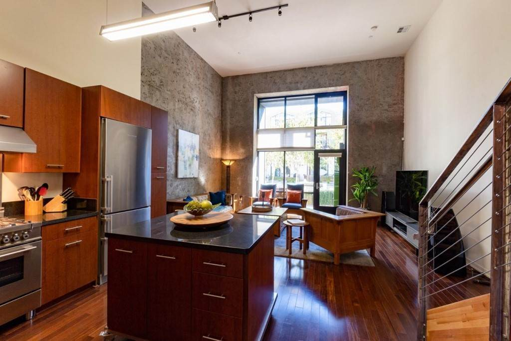 26. Residential for Sale at Indiana Street San Francisco, California 94107 United States