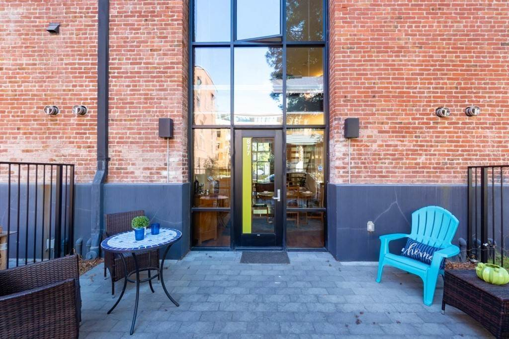 3. Residential for Sale at Indiana Street San Francisco, California 94107 United States