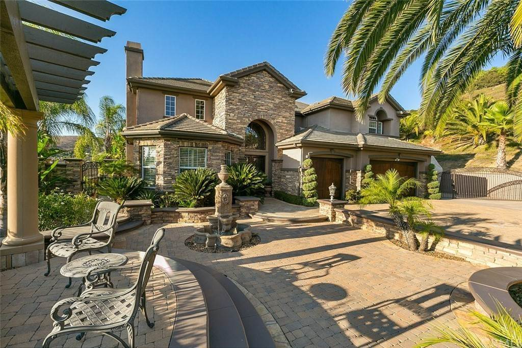 Residential for Sale at Casino Ridge Road Yorba Linda, California 92887 United States